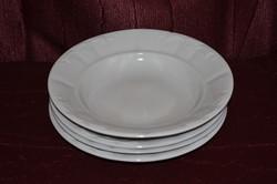 3 db Zsolnay paraszt lapos tányér és 1 db mély tányér