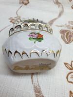 Herendi porcelán eladó! Rózsás, Viktória mintás kis kosárka eladó!