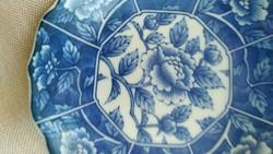 Kék kis tányér
