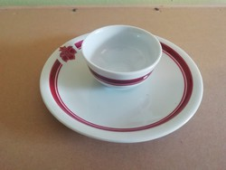 Zsolnay kis tányér, kis tálkával-csészével