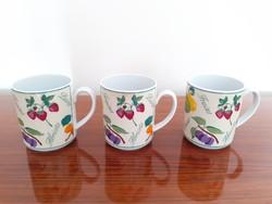 Retro régi Alföldi porcelán gyümölcsmintás bögre 3 db