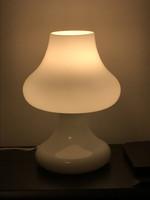 Retro asztali lámpa tejüvegből, magassága 30 cm