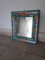 Kèzzel festett kis tükör eladó