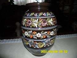 Szignózott,  nagy méretű kerámia váza
