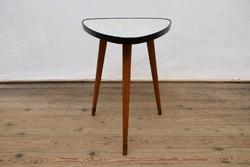 Mid Century Dohányzóasztal / Régi 3 lábú asztal / Retró