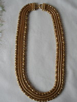 Arany színű négysoros nyaklánc