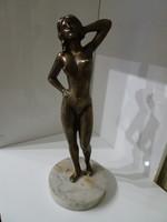Nehéz tömör szép nagy bronz női akt szobor.