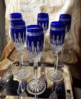 Királykék ólomkristály pezsgős 6db os készlet, kézi csiszolású, eredeti, jelzett, vitrinben tartott