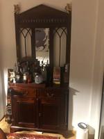 Neobarokk tömörfa előszoba szekrény, tükörrel