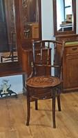 gyönyörű,  jelzett,  Thonet szék,  a múlt század elejéről. íülőkéjén mintával.