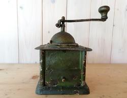 Gyönyörű patinás antik kávédaráló