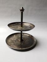 Kis méretű, antik, emeletes fém kínáló - feltehetően alpakka