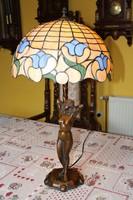 Tiffany figurális lámpa nehéz bronz talppal, 72 cm