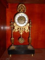 Antik francia asztali óra