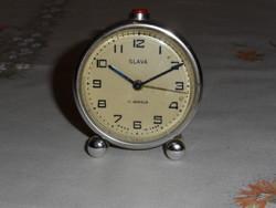 Régebbi SLAVA orosz ébresztőóra, asztali óra