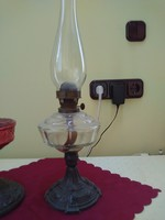 Antik petróleumlámpa.