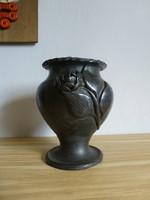 Karcagi,rózsás fekete kerámia kaspó vagy váza