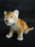 Royal Dux porcelán kölyök oroszlán