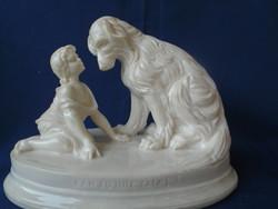 Kézzel készített carrarai márványból? elefánt csont színnő lány kutyával, igazán nagy méretben
