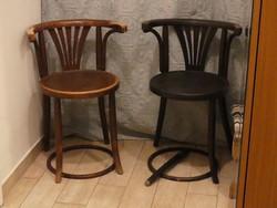 Két karfás tonet szék