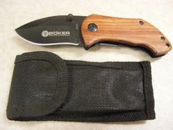 Zsebkés kés bicska jelzett kisméretű tokban
