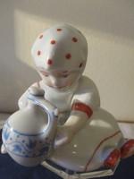 Régi Zsolnay porcelán kislány figura