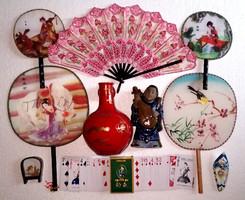 10 db-os régi kínai ázsiai keleti csomag agyag figura szobor kártya pakli legyező zománcozott papucs