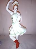 Hollóházi porcelán figura Csárdás királynő