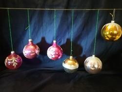Üveg karácsonyfadíszek.6 darab.