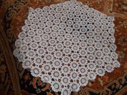 Hatszögletű szalon asztal teritő