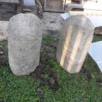 Antik kő kerékvetők