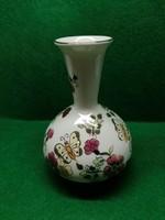 Kézzel festett pillangós zsolnay váza