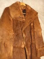 Gyönyörű, selymes, rókaszőr kabát