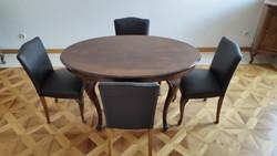 Gyönyörű neobarokk étkezőasztal székekkel - preferáltan egyben - eladó.