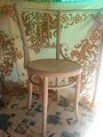régi thonet szék fehérre festett repesztett technikával