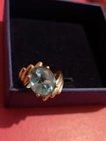 Arany gyűrű kék topázzal 10k