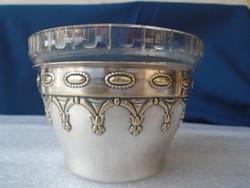 Nagyobb méretű asztalközép kínáló ezüst és aranyozott antik darab  üveg betéttel