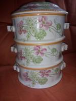 Porcelán ételhordó, hibátlan állapotban eladó