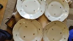 Zsolnay  ritkább tollazott barokk  lapos tányér 4 db