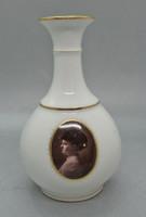 B148 Karlsbad fehér és arany váza portréval - gyűjtői ritkaság - hibátlan szép állapotban!