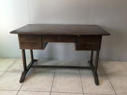 Design íróasztal