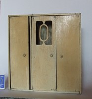 Régi, antik bababútor, baba szekrény