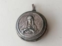 Régi alpakka Szűz Mária medál benne Jézus Krisztus kis medállal