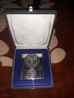 Nagyméretü kitüntetés eladó