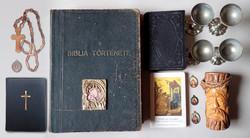 15 db-os régi antik vallási egyházi csomag Biblia könyv ikon faragás medál kehely Jézus Krisztus