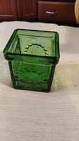 Zöld üveg ritkább vaza