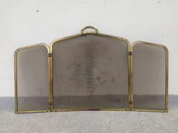 Kályha kandalló elé való kinyitható összehajtható sárgaréz fém parázsfogó rács