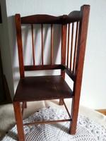 babaházi szék , kaspó tartó .?