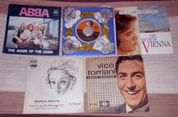 5 régebbi kislemez hanglemez vinyl SP Abba etc.