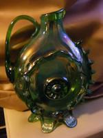 Zöld üveg szakított aljú karaffa kiöntő
